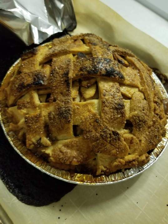 apple and mixed berry pie 2